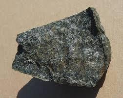 What Kind Of Rock Is Soapstone Metamorphic Rock Types Pictures And Descriptions
