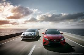 toyota unveils 2018 camry with aggressive styling and new engines