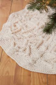 tannenbaum tree skirt knitting patterns and crochet patterns