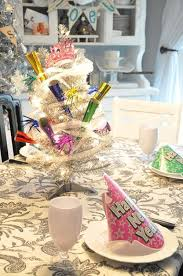 Best New Year Table Decorations by 140 Best New Years Eve Party Ideas Images On Pinterest Holiday