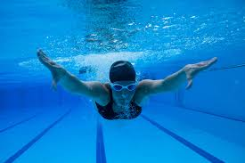 benefits of swimming workouts for fitness and muscle toning