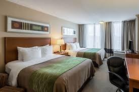 Comfort Inn At The Zoo Omaha Comfort Inn U0026 Suites Omaha Ne Hotel
