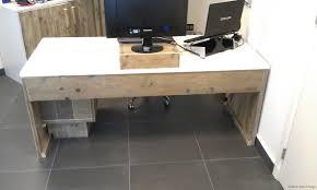 Schreibtisch Lang Und Schmal Bauholz Schreibtisch Karlsruhe Im Schönen Landhausstil