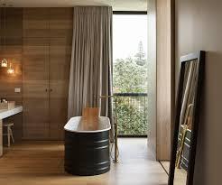 an elegant ensuite and dressing room design
