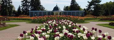 Botanical Gardens Niagara Falls Canada In Bloom The Top Gardens Coast To Coast Travelzoo