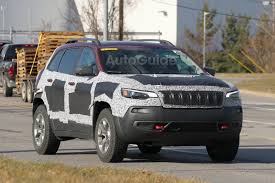 turbo jeep cherokee 2019 jeep cherokee trailhawk spied with updated fascia autoguide