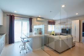 renova residences chidlom condominium for rent bts chit lom