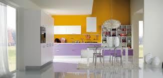 cuisine jaune et blanche cuisine noir et jaune dco studio noir et blanc with cuisine noir et