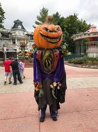 Six Flags October The World U0027s Newest Photos Of Character And Sixflags Flickr Hive Mind