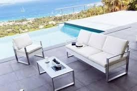 canapé de jardin design salon de jardin design contemporain en rotin meuble et décoration