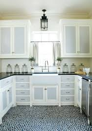 Kitchen Pantry Curtains Best 25 Cafe Curtain Rods Ideas On Pinterest Kitchen Curtains