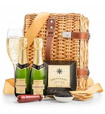 miami gifts delivered by gifttree chagne and caviar wine basket gift