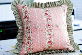 shabby chic pillow with buttonholes time 2 sew