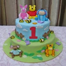 theme cakes buy winnie the pooh family theme cake at2 online in bangalore