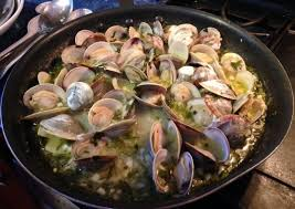 a beginners guide to clamming on the cape