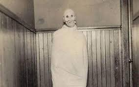 creepy costumes 17 creepy vintage costumes that are truly scary af