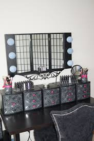 linon home decor vanity set with butterfly bench black best 25 black vanity table ideas on pinterest black makeup