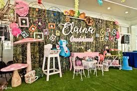 Alice In Wonderland Decoration Ideas Kara U0027s Party Ideas Elegant Alice In Wonderland Birthday Party