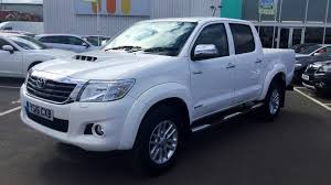 toyota pickup 4x4 toyota hilux invincible auto double cab 4x4 pick up 3 0 d 4d 171bhp