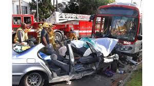 bus crash in hollywood sends 35 people to l a hospitals firehouse