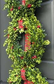 boxwood wreath christmas front porch with boxwood wreath trio remodelando la casa
