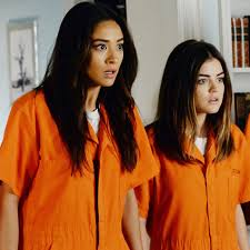 halloween costume ideas for teenage couples pretty little liars halloween costume ideas popsugar entertainment