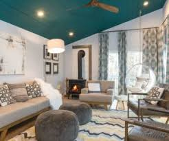 teal livingroom what color is teal and how can you use it