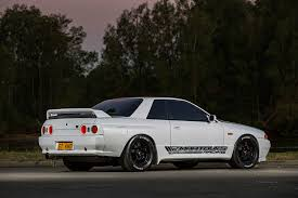 stanced nissan skyline 1989 nissan skyline gt r the street king photo u0026 image gallery