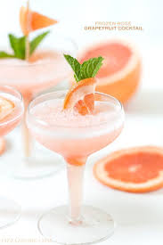 cocktail drinks recipe easy the 25 best frozen rose ideas on pinterest winter rose a