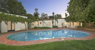 marilyn monroe house address marilyn monroe s home in brentwood los angeles sold