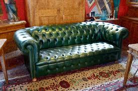 canapé cuir anglais chesterfield le garde temps antiquités canapé chesterfield