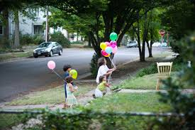 kids balloon delivery balloon delivery kids kindnessgirl