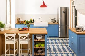k che hellblau fliesen küche blau weiß logisting varie forme di mobili