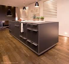 parquet de cuisine parquet de cuisine cool cuisine et bois en ides inspirantes