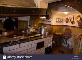 cuisine historique l historische wurstkuchl saucisse historique cuisine fondée au