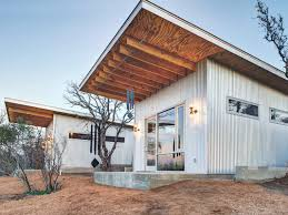 Barn Homes Texas by Stay At Tiny Home Commune U0027bestie Row U0027 In Texas
