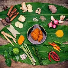 cuisine tha andaise divers de la cuisine thaïlandaise ingrédients de cuisine et épices