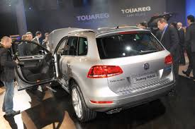 volkswagen touareg 2011 2011 vw touareg photo gallery from vw u0027s late night show style