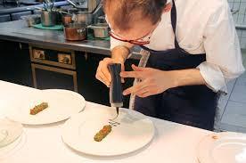 dressage en cuisine le jardin des sens à montpellier le dressage des plats