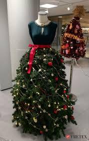we gave an old christmas tree a new and fashionable life bored panda