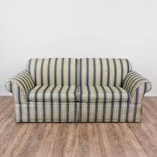 fabric sleeper sofa best 25 traditional sleeper sofas ideas only on pinterest