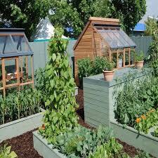 13 simple diy garden ideas