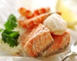 recette de cuisine saumon recette papillotes de saumon aux crevettes et st jacques