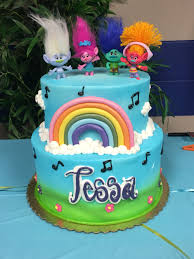 trolls birthday cake tessa u0027s 8th birthday pinterest birthday