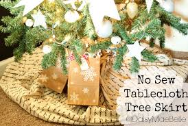 no sew tablecloth tree skirt daisymaebelle daisymaebelle