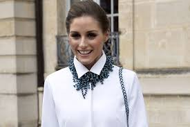 necklace with white shirt images Are statement and chunky chain necklaces still trending nolita jpg
