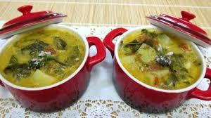 cuisiner l oseille fraiche soupe à l oseille recette entrées chaudes supertoinette