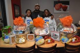 thanksgiving families mike will made it gives back black celebrity giving