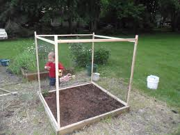a simple fence experiment for our square foot garden simple