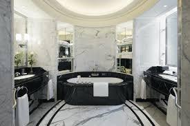 Bathtub 3 Persons Hotel Arc Bienvenue à The Peninsula Hotels Celebrate A Debut In Europe